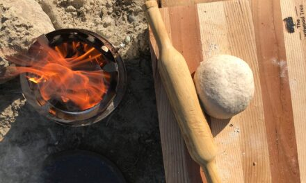 Field Cooking Recipe: A 2-ingredient flatbread for in the field